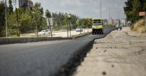 Adana genelinde asfalt çalışmaları sürüyor