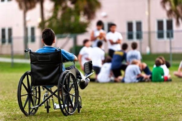 Göz Bebekleriyle Hareket Eden Tekerlekli Sandalye Yapıldı