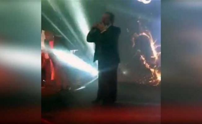 Ödül töreninde Orhan Gencebay'a Sibel Can Şoku