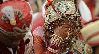 Paran Yoksa Karını Sat Dedi Ortalık Karıştı