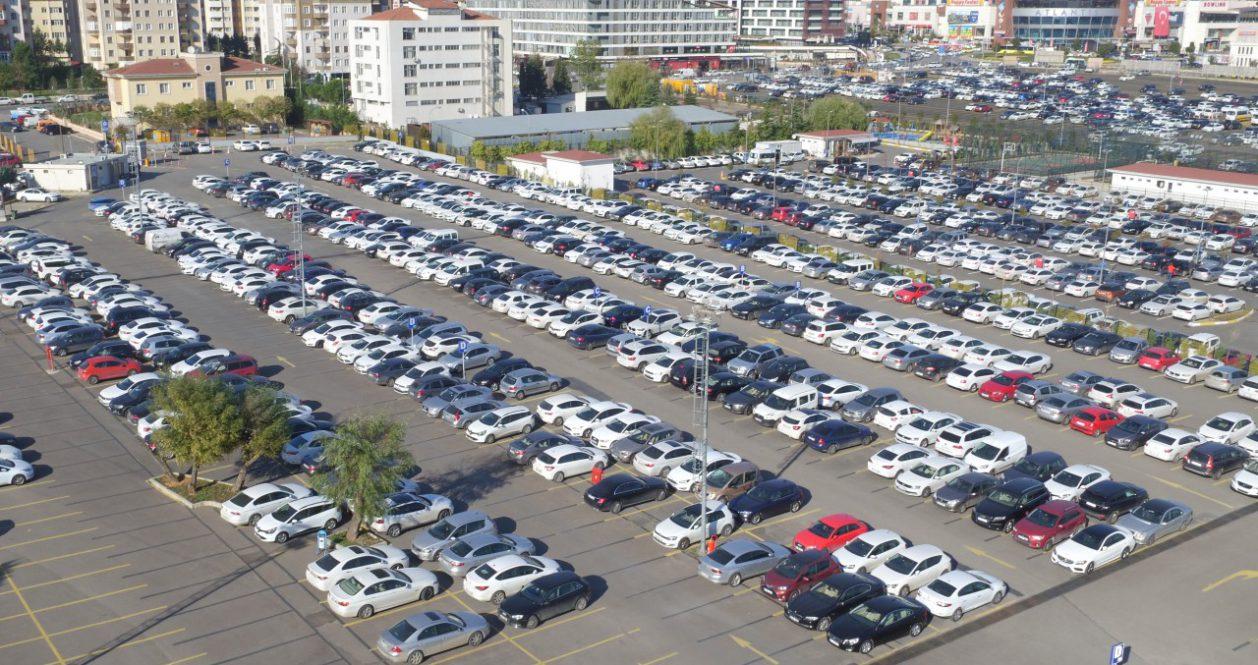 İstanbul Havalimanlarında 1 Saat Ücretsiz Otopark