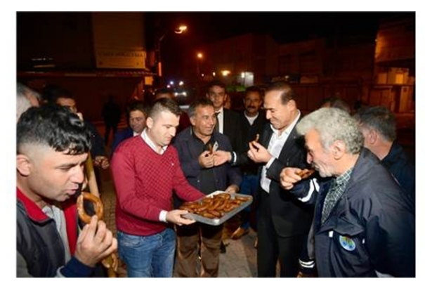 Adana Büyükşehir Belediyesi Taşeronlarına Maaşları Ödendi