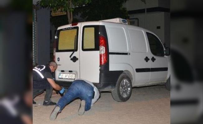 Adana'da İlginç Olay: Bir Kişi İki Otomobile Takip Cihazı Taktı