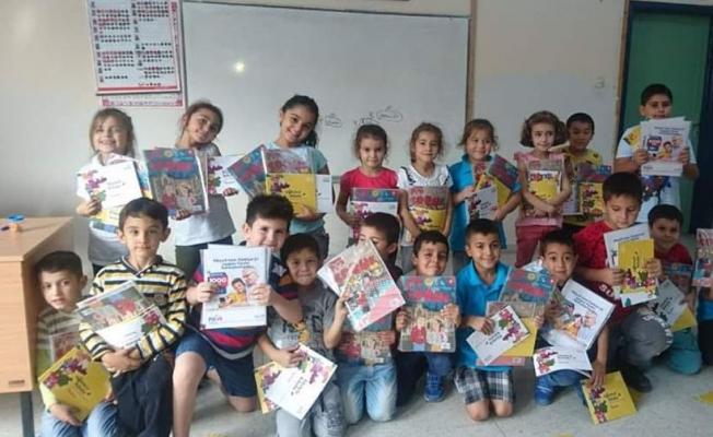 PTT A.Ş.'miz Adana İli Karaisalı İlçesi Cumhuriyet İlkokulu 2/C sınıf öğrencilerimize hediye paketleri dağıtımı Yapıldı