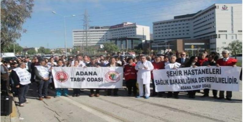 Adana Şehir Hastanesi Doktorları Sorunlarını Dile Getirdi