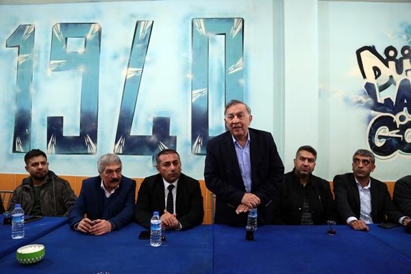 Akay: CHP'li Belediyelerle Adana En Yaşanır Şehir Olacak