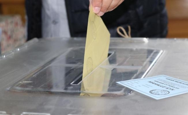 Seçim Sonuçlarını CHP'de Verecek