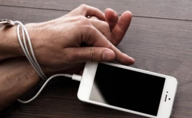 Nomofobi (Telefon Bağımlılığı Nedir?)