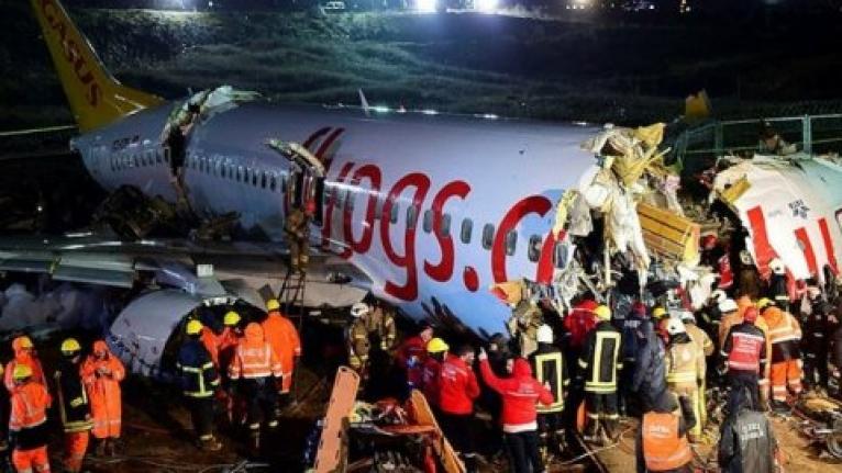 Uçak Kazasında Ölenlerin Kimlikleri Belli Oldu