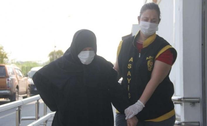 Adana'da 70 Yaşındaki Kadın Hırsız Yakayı Ele Verdi