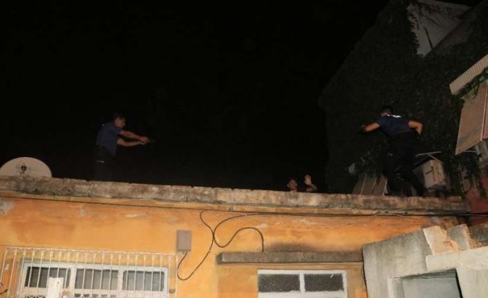 Adana'da Silahlı Saldırganlar Kıskıvrak Yakalandı