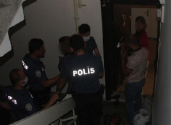 Adana'da Zorla Alıkonan Kadın Kurtarıldı