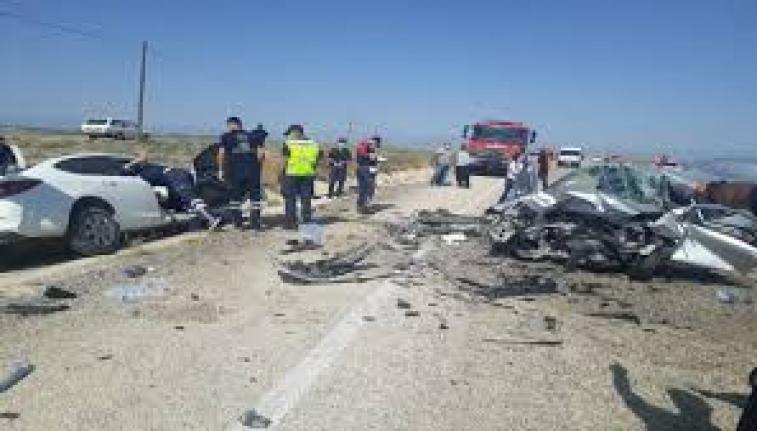 Adana'da Herkesi Hayrete Düşüren Kaza