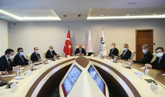 Bakan Karaismailoğlu, BTK'da Haberleşme Teknolojileri Kümelenmesi Toplantısı