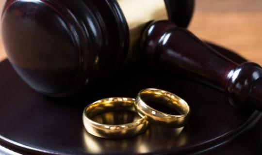Boşanma Avukatları Ne İşle İlgilenir?