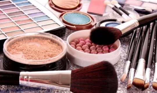 Kozmetik Ürünlerinin Ömrü Nasıl Uzatılır?