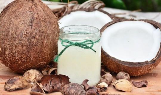 Hindistancevizi Yağı İle Evde Doğal Peeling Hazırlayın