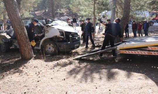 Afyonkarahisar'da 5 Kişinin Öldüğü Servis Kazası'nda Ölümden Dönen Öğrenci Varmış!