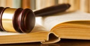Kadın Memura Eylem Cezası Tepki Çekti