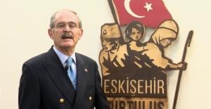 Yılmaz Büyükerşen'e Silah Çektiler