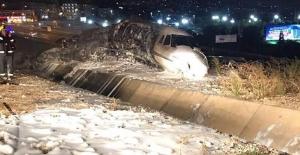 Atatürk havalimanına  jet düştü