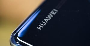 Huawei'den Flaş Açıklama: Satış...