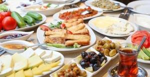 Sahurda Tok Tutan Yiyecekler Nelerdir?