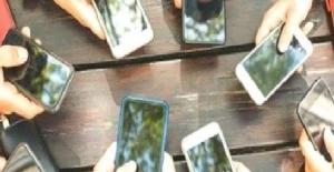 Cep Telefonu Sektörüne Corona Engeli