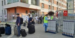 Adana'da Karantina Süresi Dolan 179 Kişi Evlerine Gönderildi