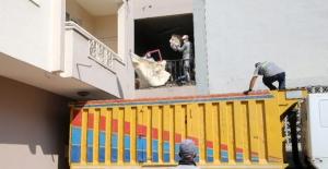 Adanada Çöp Ev Şaşkınlık Yarattı