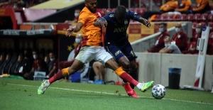 Galatasaray Fenerbahçe Maçı Berabere Bitti
