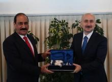 Bakan Karaismailoğlu, Iraklı Mevkidaşı Nasser Bandar ile Görüştü