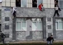 Son Dakika: Rusya'da Üniversite'ye Silahlı Saldırı!