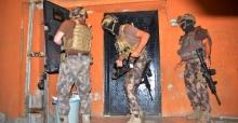 Adana'da Suç Şebekesine Şafak Baskını